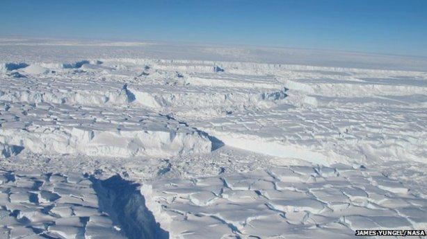 Thwaites Glacier is a huge ice stream draining into the Amundsen Bay
