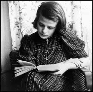 Sophie Scholl was guillotined, as was her brother, another brother was lost on the Eastern front. In a final meeting, Scholl's father told her he was proud of her and not to regret her sacrifice. She replied that she would see them again in Heaven.