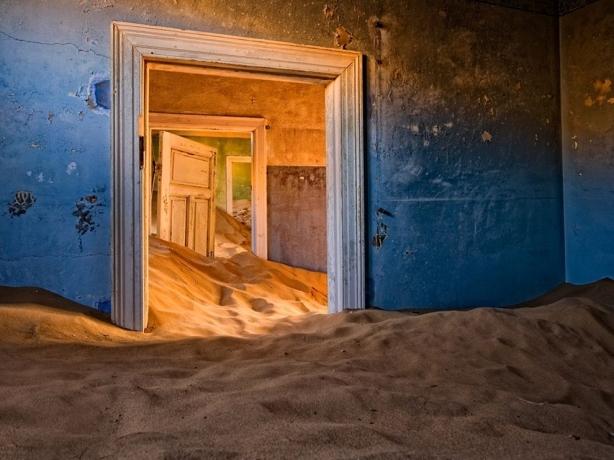 Kolmanskop. Namib Desert, Namibia