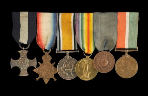 From left to right: Distinguished Service Cross, 1914-15 Star, British War Medal 1914-18, Victory Medal 1914-18, Medal for Military Valour, Mercantile Marine War Medal 1914-1918,